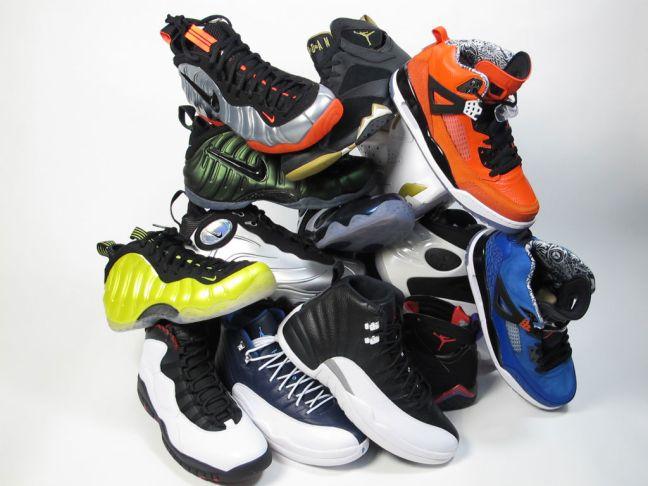 moes-sneaker-spot-atlas-mall-grand-opening-sneaker-pile-03
